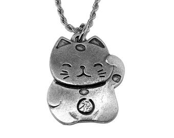 Beckoning Cat Maneki Neko Fortune Lucky Pendant Necklace with Chain