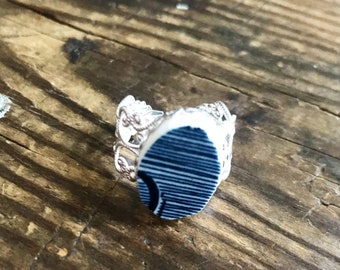 Broken China Blue Willow Adjustable Ring