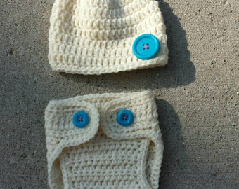 Newborn Crocheted hat and diaper cover
