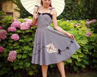 Pin Up 50s Vintage Inspired Full Circle Poodle Skirt, Kite Applique Skirt handmade by BlancheOfArts