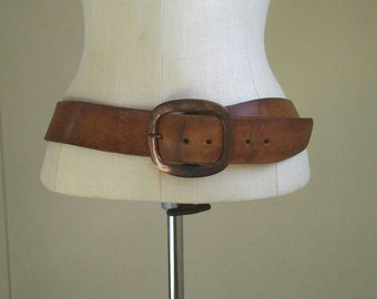 Vintage embossed leather belt, soft patina, 70s tooled leather belt, floral, boho vibe, brass buckle, 34-38 inches