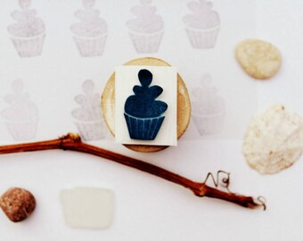 Mini carved stamp cupcake