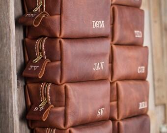 Mens Dopp Kit Leather Travel bag Beard Care Toiletry Bag Travel Shaving Dopp Kit Gift for Best Man Groomsmen Wedding third anniversary Razor