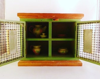 Miniature Hutch for Dollhouse - Play date Hutch - Toys