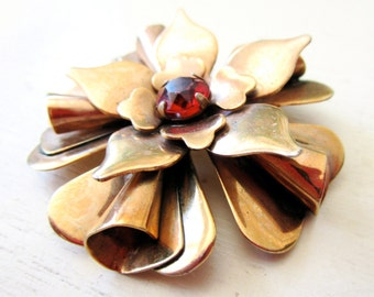 Glamorous Vintage Red Rhinestone Copper Brooch Pin - Flower - Floral - Large - Patina - Red Gold - catROCKS - Ruby - 1950 - Chic - Petals