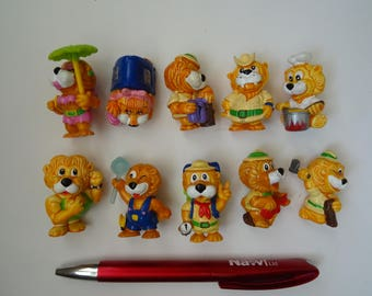 Kinder Surprise Vintage Toys Complete Collectible Figures Set LIONS LEO VENTURAS 1993 + 1 paper Figurines Miniatures