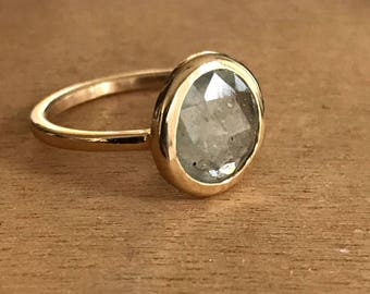 Rose cut gray sapphire in 14k yellow gold