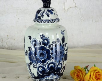 Small Vintage Delft Lidded Vase Urn Blue White Foo Dog Marked Goedewaagen 11.""