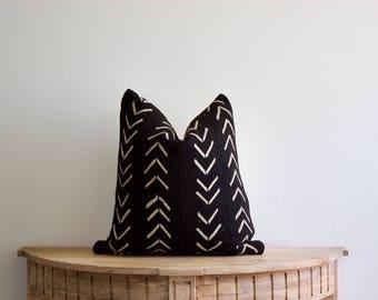 """Mudcloth Pillow Cover """"Dessl"""" 18x18"""