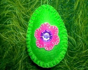 Medium Felt Easter Egg | Easter Decor | Tree Ornament | Spring Decor | Holidays | Folk Art | Party Favor | Green Egg | Handmade Gift | #1