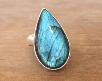 Labradorite and Sterling Silver Ring, Flashy Labradorite Ring, Labradorite Teardrop Ring, Green Labradorite Ring, Adjustable Ring