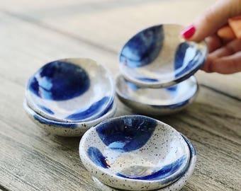 Ceramic Pinch Bowl - Pebble - Salt/Trinket - White and Blue