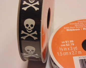 3 yard roll of black and white skull ribbon, 5/8 inches wide (A2)