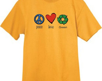 Mens T-shirt / Peace Love Green
