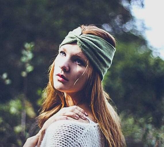 Green wool headband for women, green headband, hat, knitted accessory. Woman winter gift idea. Soft knitted ear muffs. blue, gray, black