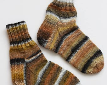 Hand-knitted Wool Socks DIFFERENT By VidaFelt - Size 39-40 - Free Shipping!