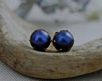 Reza-  large freshwater pearls, pearl stud earrings, purple and blue pearls, gold earrings, rare pearl earrings, jewelry gift idea, for her