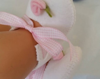 White with pink rose woolfelt baby shoes