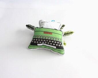 Vintage Typewriter Ornament: Retro Christmas Tree Decorations