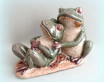 Garden Frog Decoration Garden Decor Frog Decor Green Frog Art Ceramic Frog Figurine Pottery Frog Statue Frog Figure Yard Decoration Yard Art