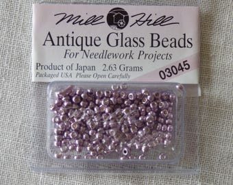 Mill Hill Glass Beads 03045 Antique bead