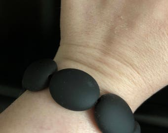 Black matted bead bracelet