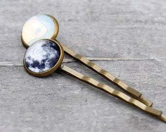 """Bobby Pins """"Take me to the moon"""" - the moon and the solar system"""