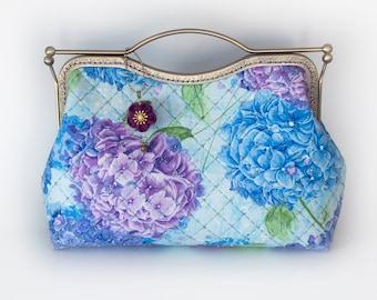 10.7'' Clutch Bag, Handbag, Kisslock - Hydrangea Sky