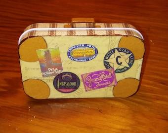 Altoid Tin Suitcase