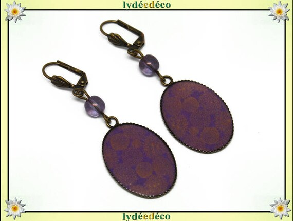 Retro earrings cabochon sakura hydrangea flower Japan purple lilac gold resin bronze resin beads 18 x 25mm