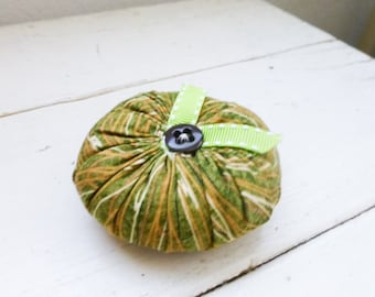 Tomato pincushion, green tomato, green pincushion, sewing notions, sewing room, ready to ship, handmade, tufted pincushion, button center