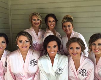 BRIDESMAID ROBES- SALE-Monogrammed Robes for Bridesmaids Gifts, Personalized  Satin Robes, Monogram