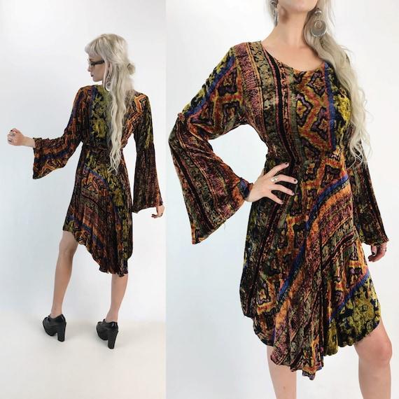 70's Bell Sleeve Velvet Printed Carpet Dress S/M - Batik Tapestry Print Velvet Renaissance Festival VTG Seventies Flowy Boho Hippie Dress