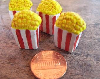 10 Large Popcorn Beads - LG670