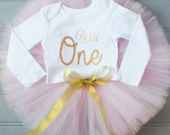 Wild One Cake Smash Outfit Girl, First Birthday Outfit Girl, 1st Birthday Outfit, 1st Birthday Tutu, Pink and Gold First Birthday Tutu Set