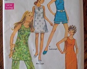 Vintage Simplicity pattern Junior Petite size 13 Dress Tunic Shorts and Pants 1970 UNCUT