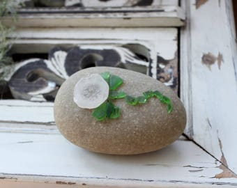 Seaglass  Rock Art ,  Natural Home & Garden Decor , Beach Decoration , Nautical / Mermaid Decor Paperweight