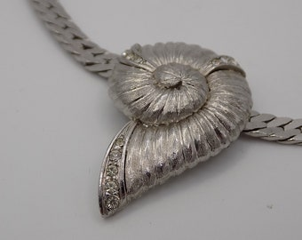 Silver plated necklace, pendant with vintage, white, Vintage jewelry, gift, luxury France Paris, Paris Vintage crystals