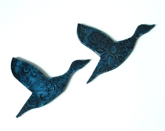 Birds of a feather - Ceramic wall art in midnight blue