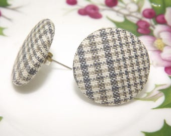 Button earrings, vintage earrings, fabric earrings, retro earrings, handmade earrings, light and simple earrings