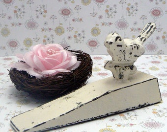 Bird Doorstop Cast Iron Shabby Elegance Creamy Off White Distressed Nature Fowl Wedged Door Stop Prop Gift Idea