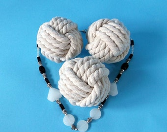 """Diamètre 3,8"""" lot de 10 Monkey fist nautique KnotsTable cartes Holder.rustic mariages marin parties gros noeuds coton corde blanc cassé"""