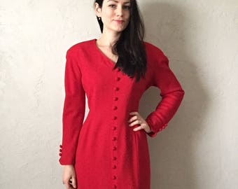 Red dress with long sleeves, size L, 100% Wool, Jones New York, vintage fashion, elegant dress, red dress with buttons, heart shaped