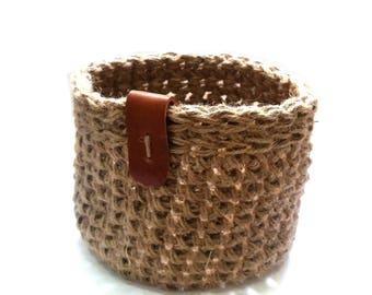 Crochet burlap basket