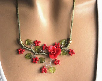 Red Branch Flower necklace Green