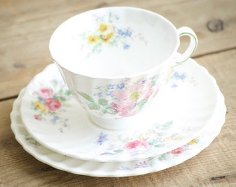 Royal Doulton Arcadia Teacup and Saucer H 4802 Fine Bone China Trio, Cup Side plate & Saucer, Birthday or Valentine Day or Christmas Gift