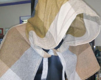 Gold Gray Tan Checked Heavy Wool Cape Capelet with Hood
