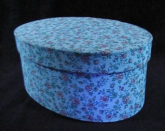 Vintage 1989 Fabric Covered Trinket Box, Fabric Floral Box, Shabby Chic Box, Fabric Jewelry Box, fabric Covered keepsake box