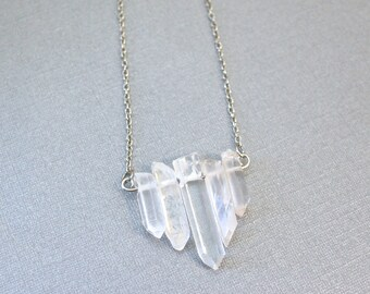 Clear quartz point bar necklace / raw crystal pendant necklace / long layering silver chain necklace / healing chakra jewelry