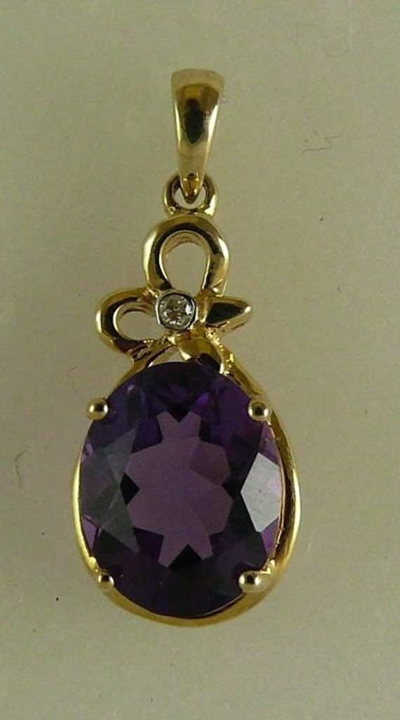 Amethyst 2.4ct Pendant with 14k Yellow Gold & Diamonds 0.01ct